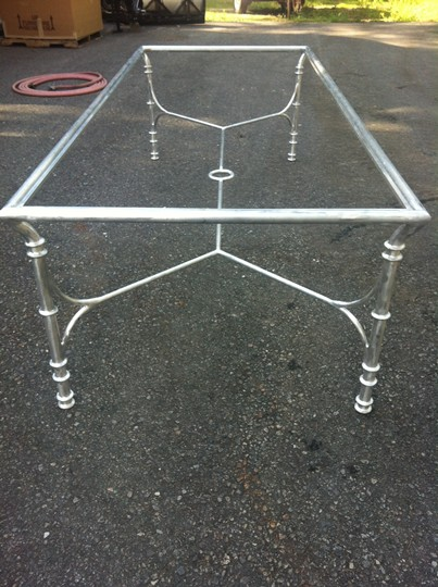 /Portals/0/UltraMediaGallery/451/16/thumbs/1.custom aluminum dinign table.JPG