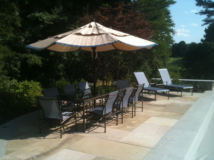 /Portals/0/UltraMediaGallery/451/16/thumbs/1.custom umbella and outdoor dining furniture.JPG